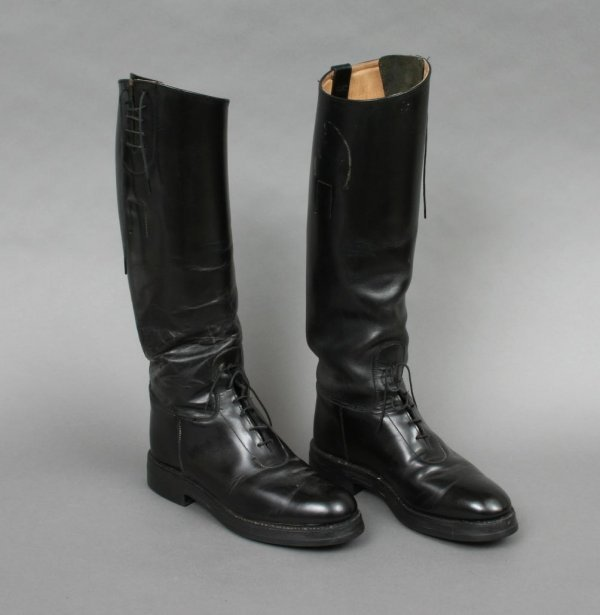 28: Pair of Gentlemans Riding Boots 8 1/2
