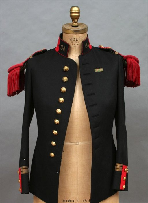 39: 19th Century French Military Uniform