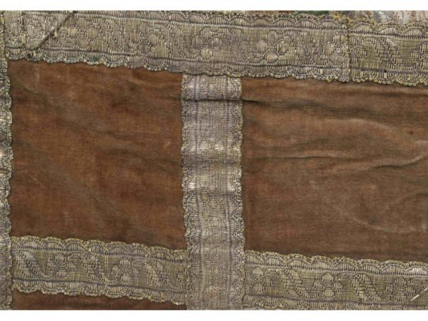 131: 18th Century Brocade Table Covering - 5