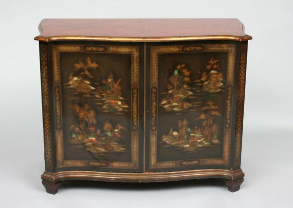 196: Schmieg & Kotzian Chinoiserie Cabinet or Console