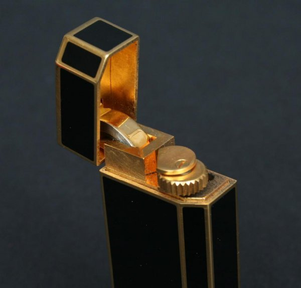 357: Black Enamel Cartier Lighter France - 3
