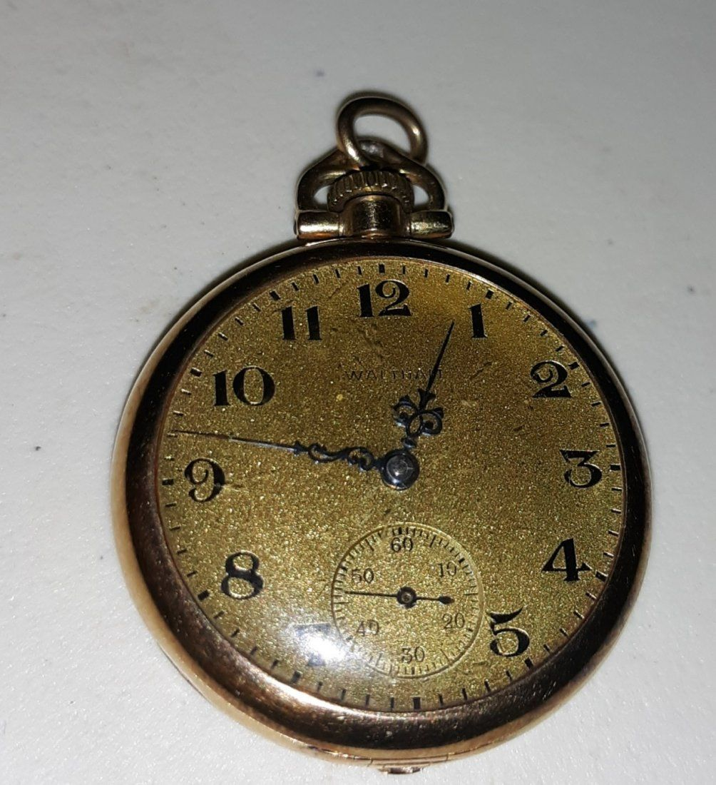 Waltham 14 K 1915  solid gold Pocket Watch Beautiful!