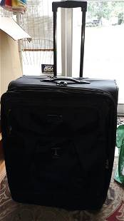 """Travelpro Suitcase 27"""" Tall W/Handle"""