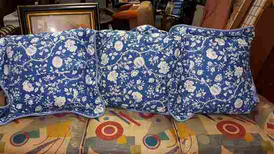 "large pillows blue & white set of 3 28"" x 28"""