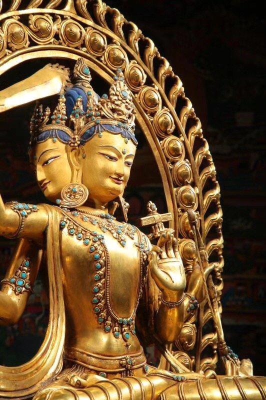 Large Chinese Gilt Bronze Figure of Buddha - 2