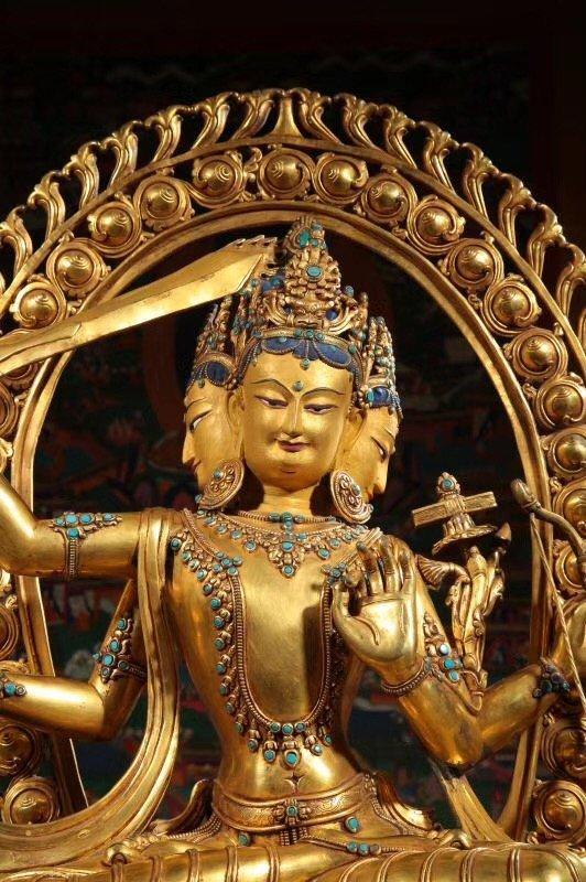 Large Chinese Gilt Bronze Figure of Buddha - 3