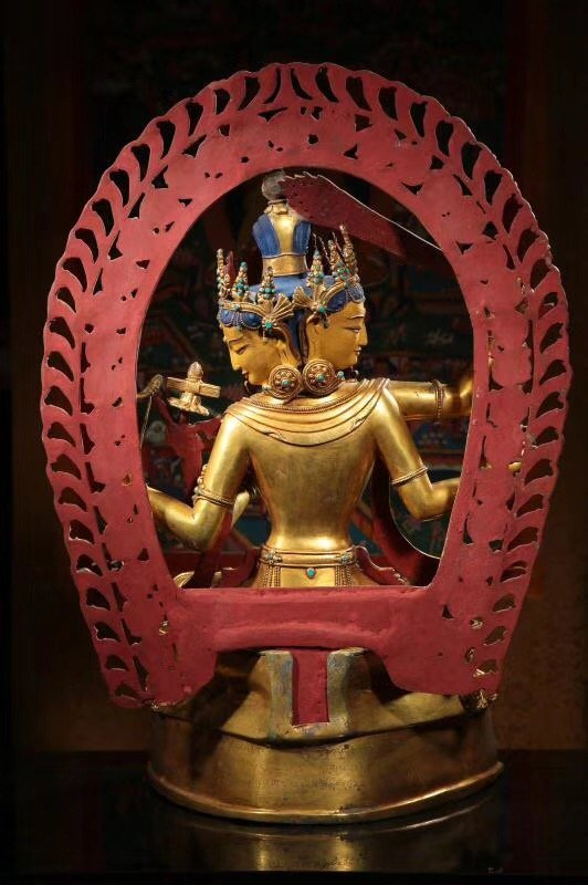 Large Chinese Gilt Bronze Figure of Buddha - 7