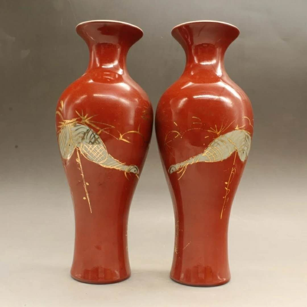 A pair of Chinese red glaze porcelain vase