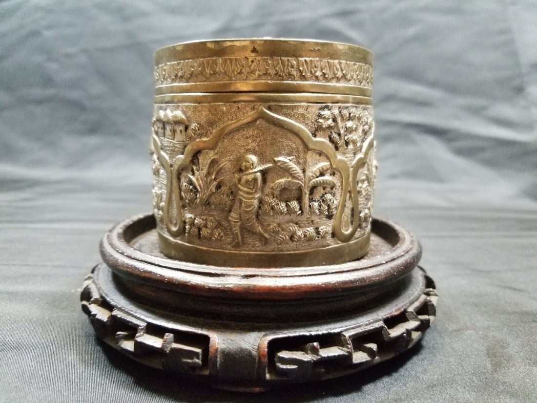 Vintage hand carved silver box - 2