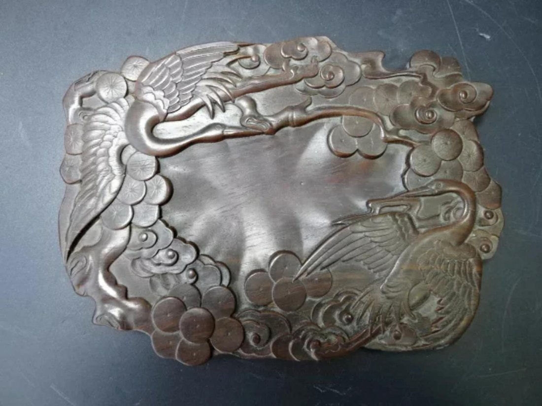 A carved Chinese ink pad