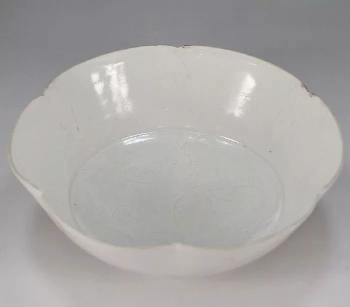 A song style Chinese porcelain bowl