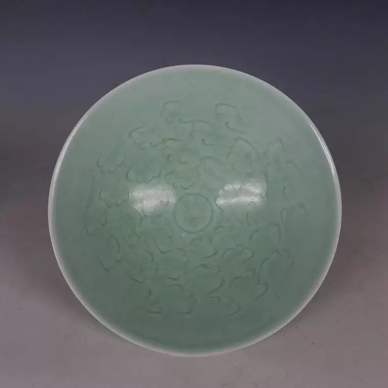 Song dynasty style porcelain bowl