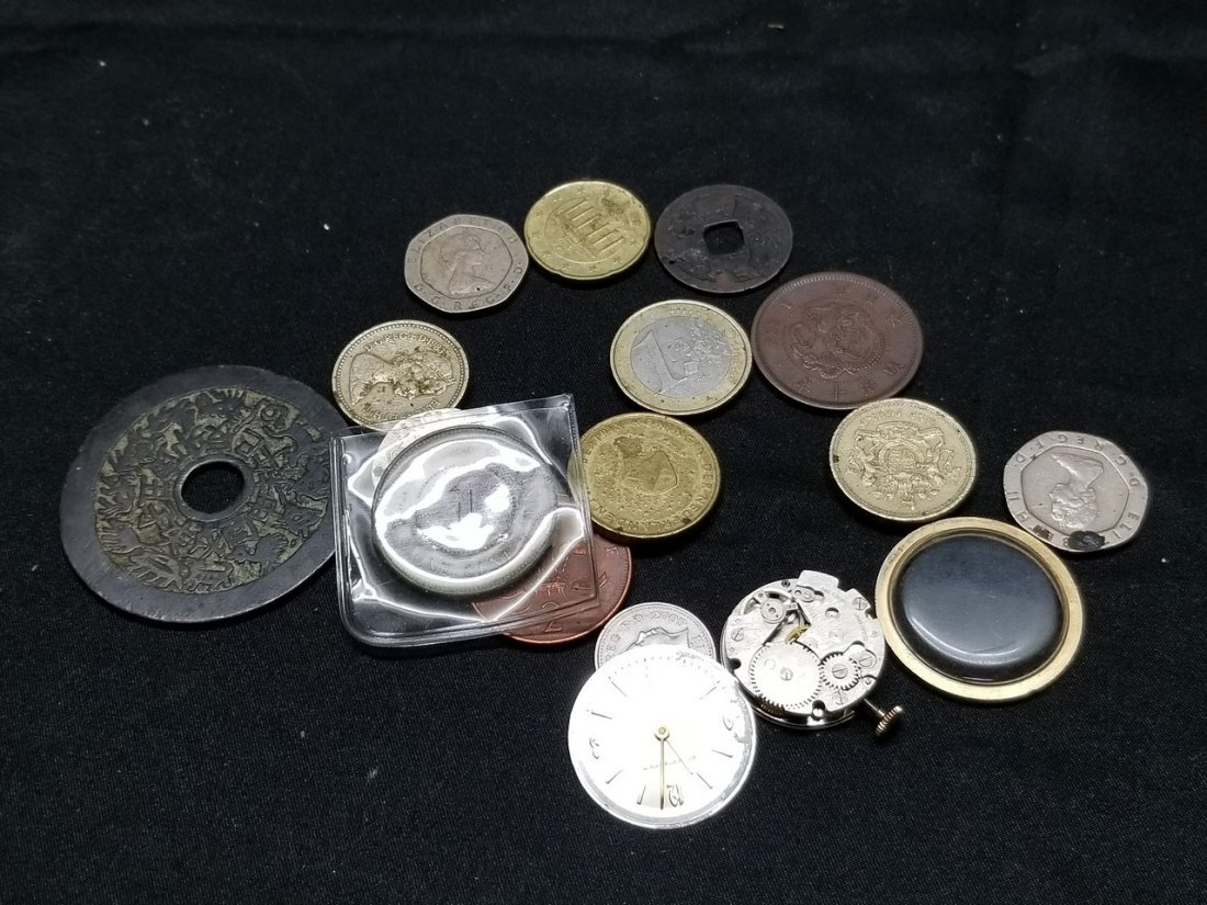 Mix of world coins