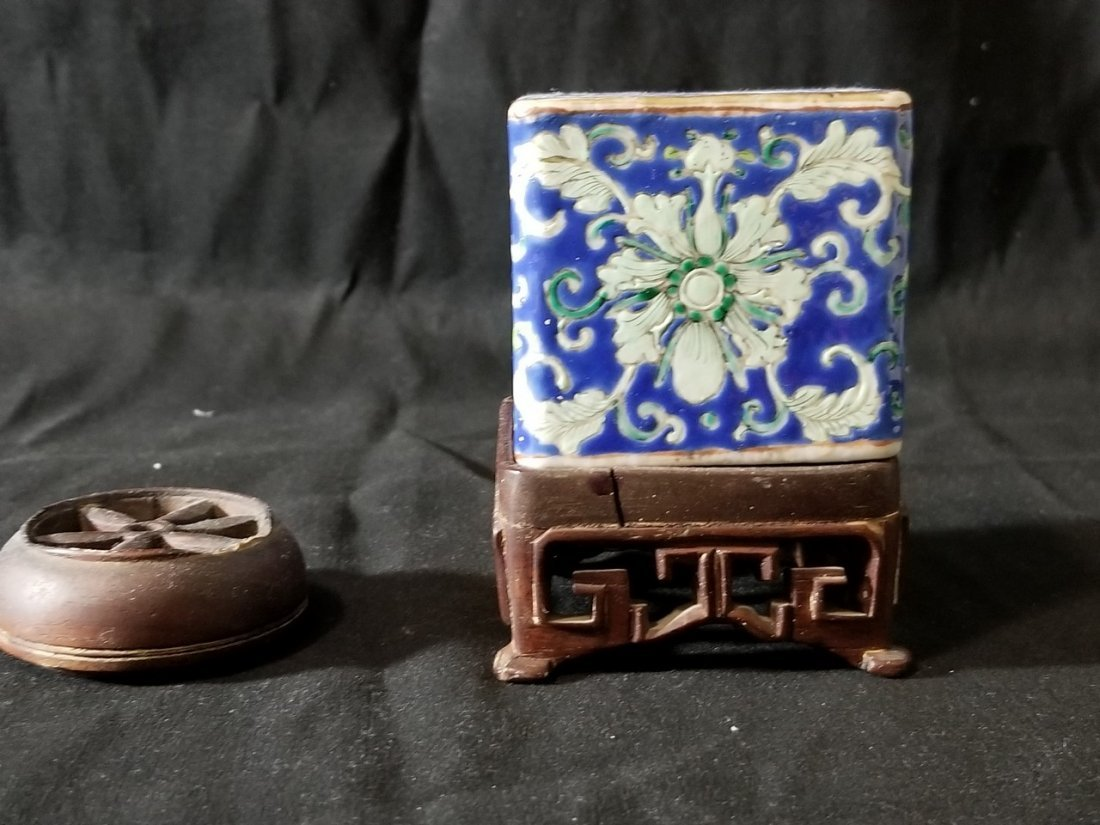 Republic Chinese porcelain tea box - 4