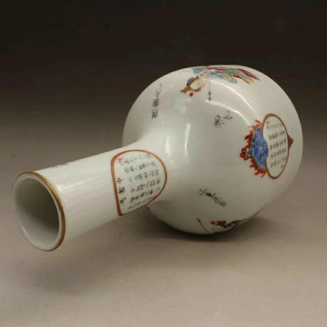 A famille rose porcelain hero vase - 2