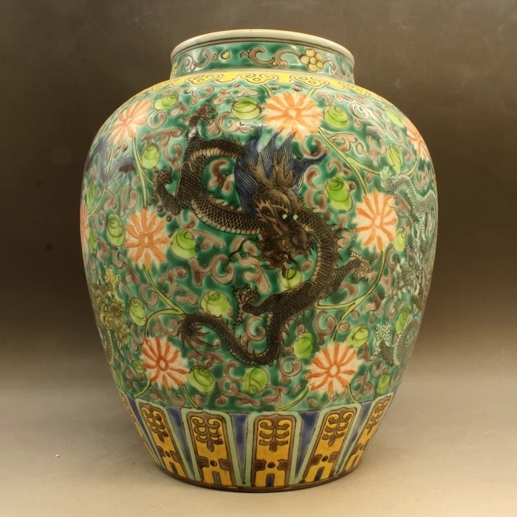 kangxi mark Chinese famille rose porcelain jar