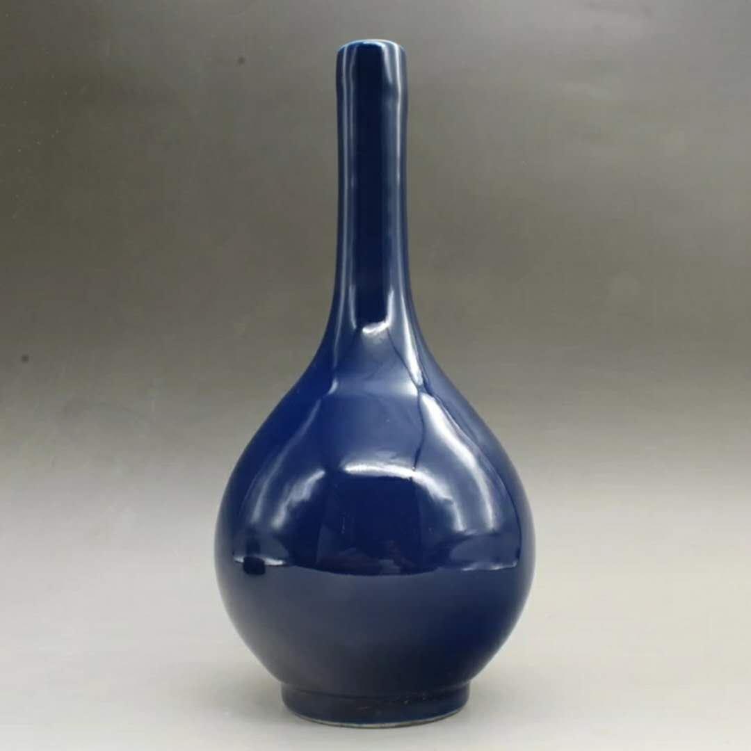 wanli Chinese blue glazed porcelain vase