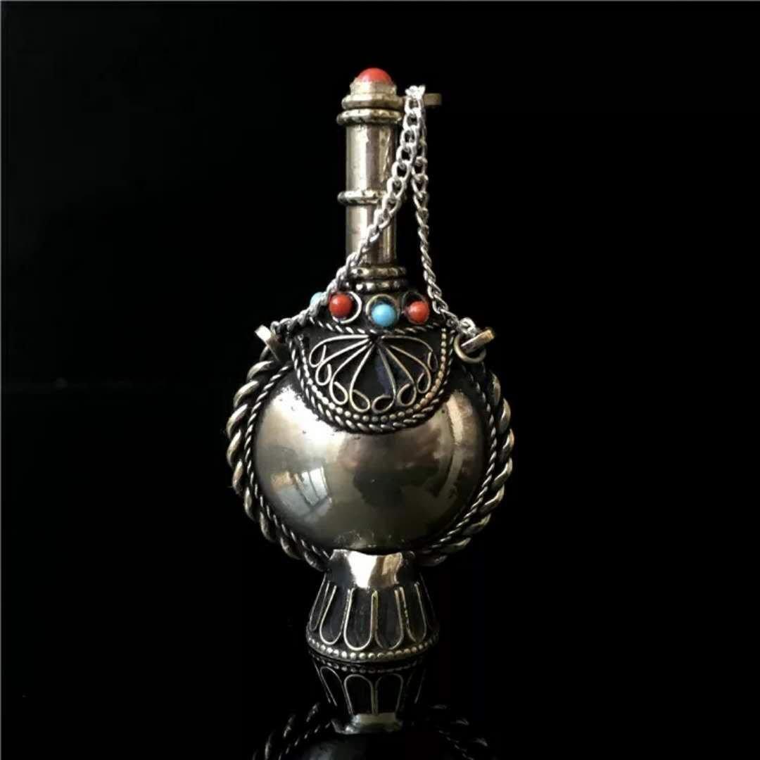 Tibetan silver snuff bottle