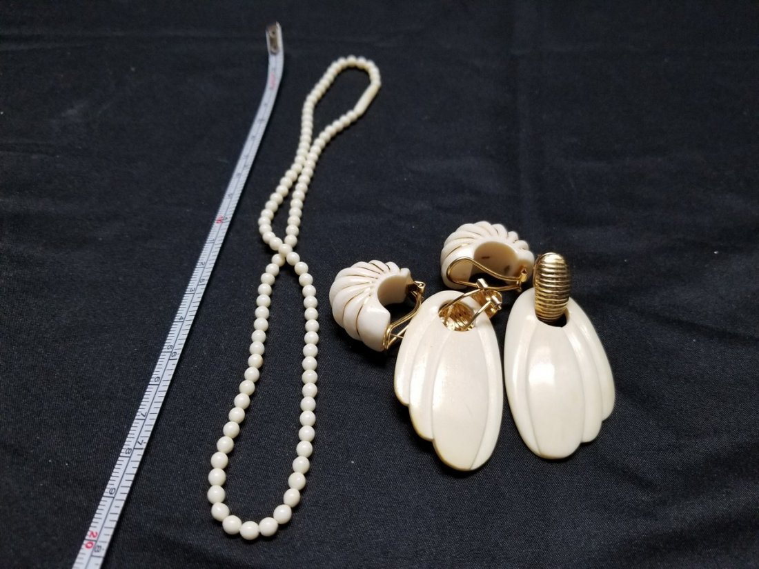 Ivory color earrings and necklace bead