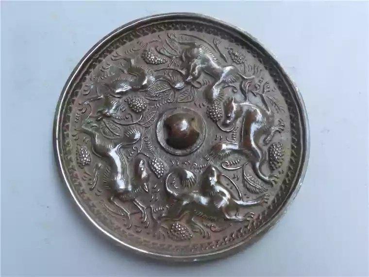 Excellent Chinese bronze mirror