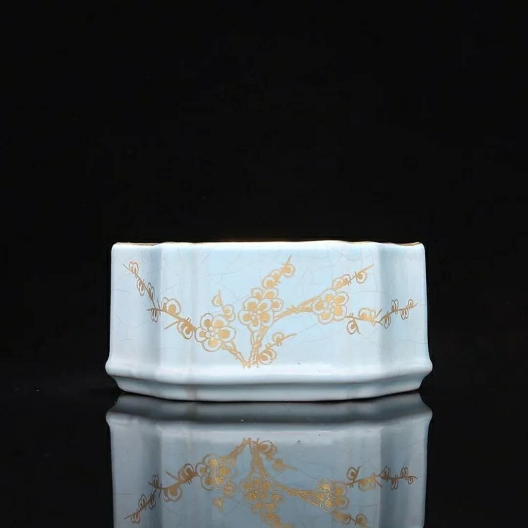 Fine porcelain brush washer