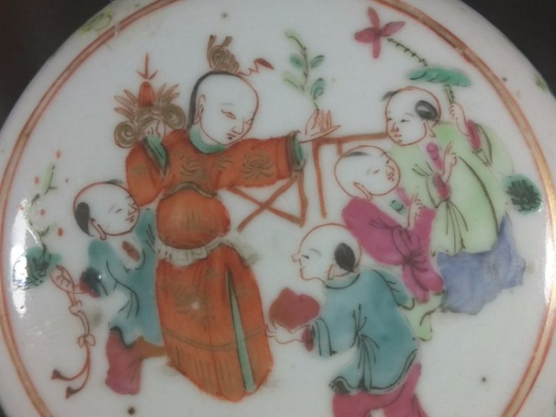 A republic period Famille rose porcelain ink pad - 2