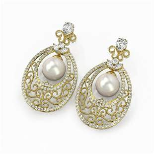 6.5 ctw Mixed Cut Diamond with Pearl Earrings 18K