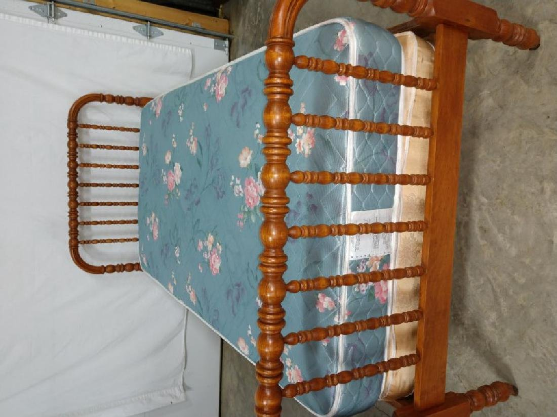 FURNITURE - Jenny Lind Twin Bed