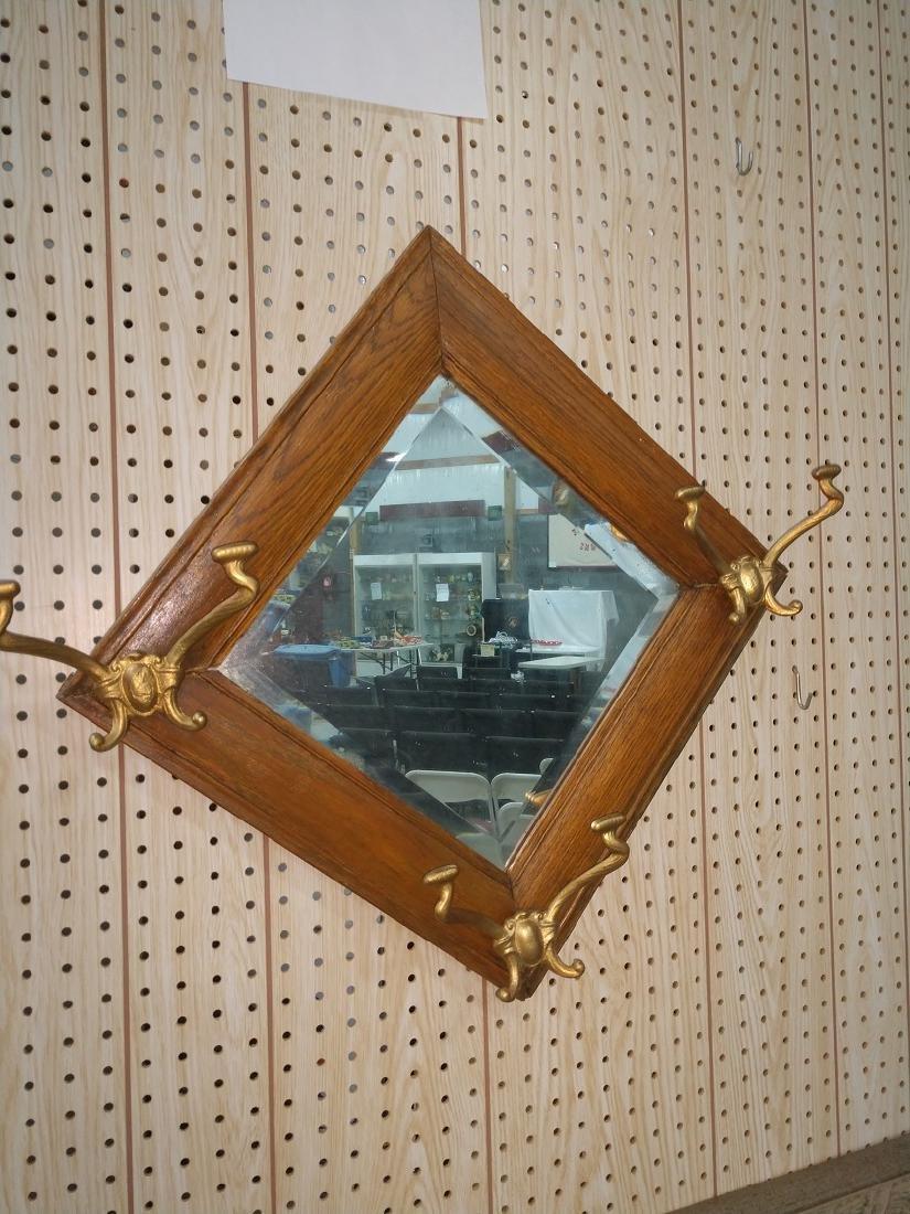 Mirror w hooks