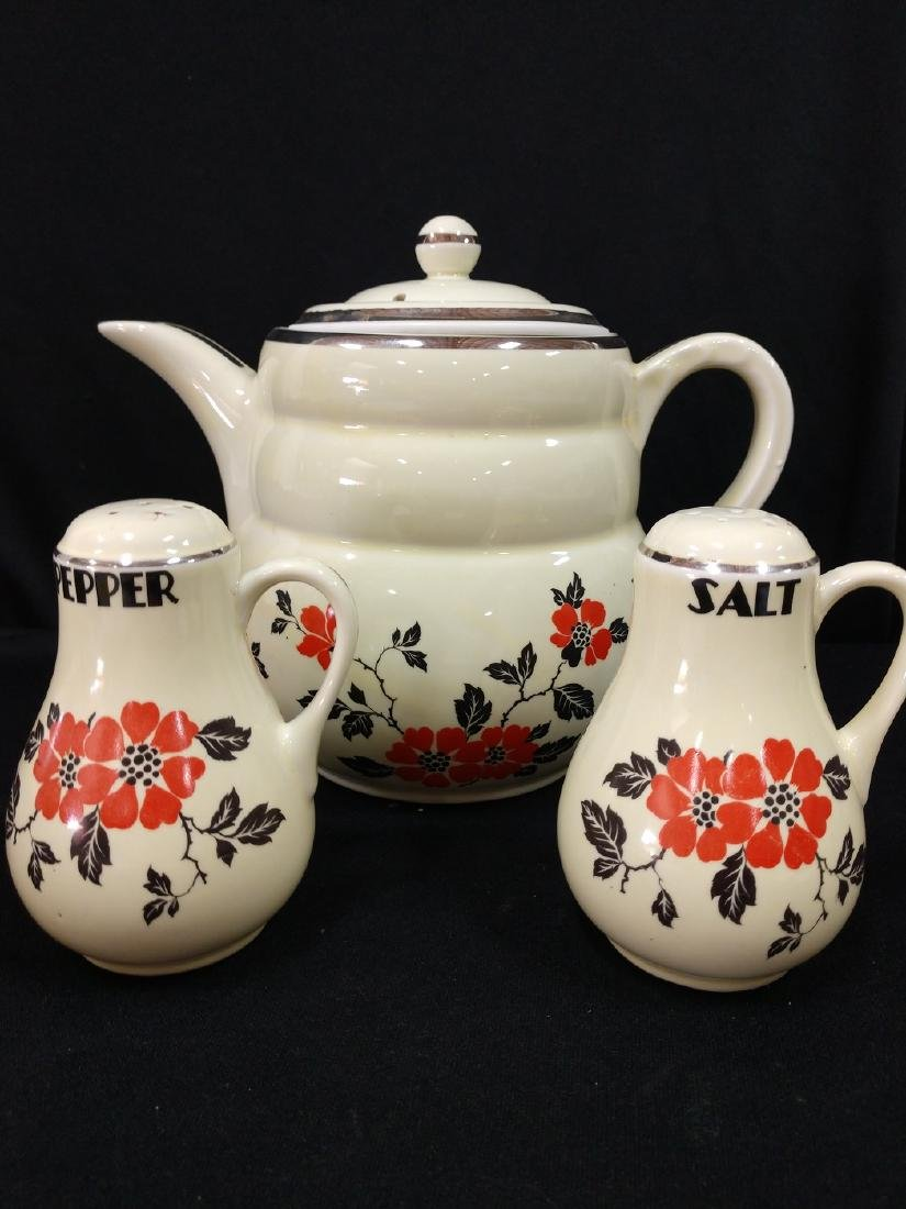 Hall Coffee Pot Halls Lg. Salt & Pepper