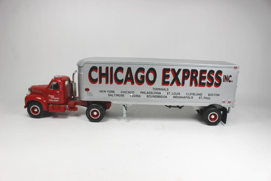2/34 SCALE CHICAGO EXPRESS INC TRUCK MODEL