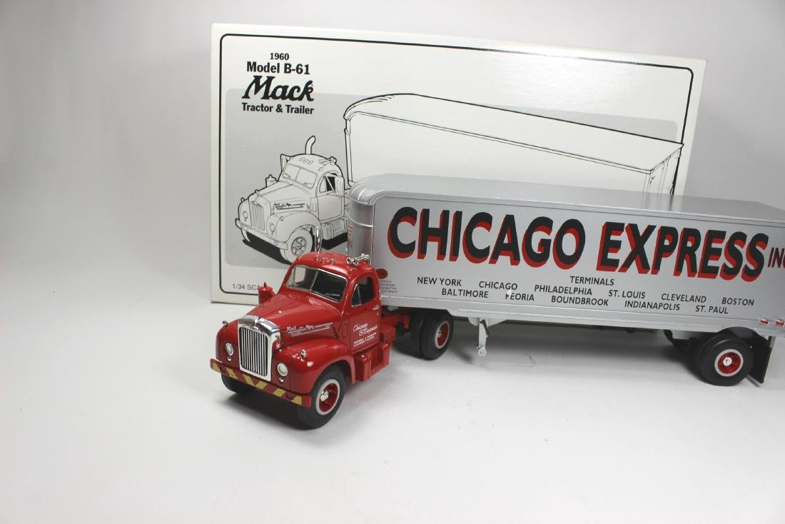 2/34 SCALE CHICAGO EXPRESS INC TRUCK MODEL - 6