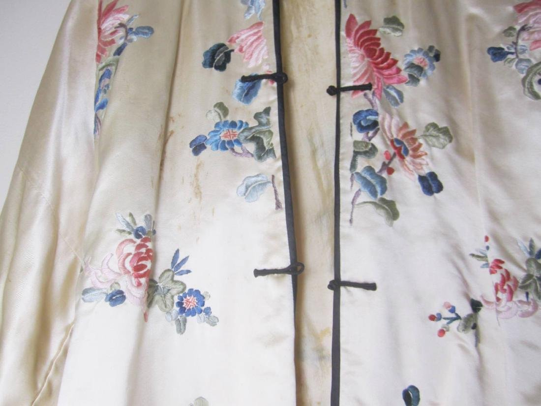 ANTIQUE CHINESE EMBROIDERY JACKET - 2