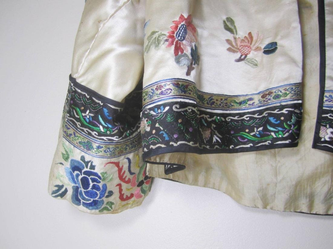 ANTIQUE CHINESE EMBROIDERY JACKET - 3