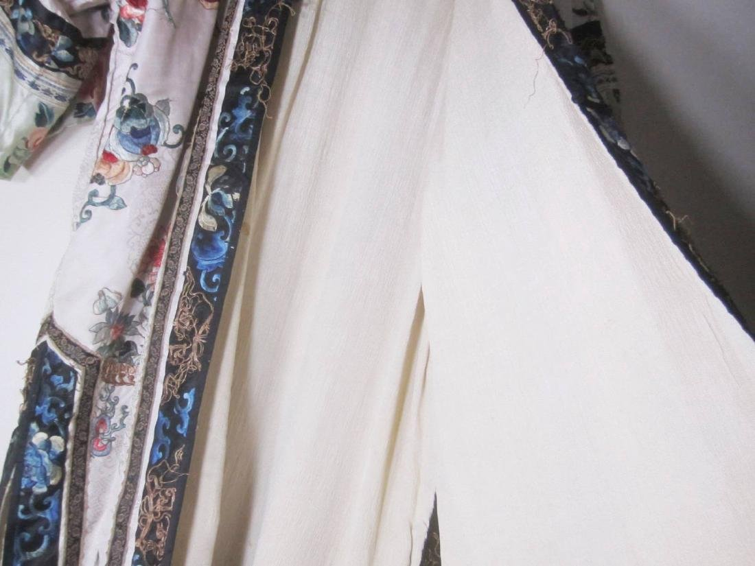 ANTIQUE CHINESE EMBROIDERY ROBE - 10
