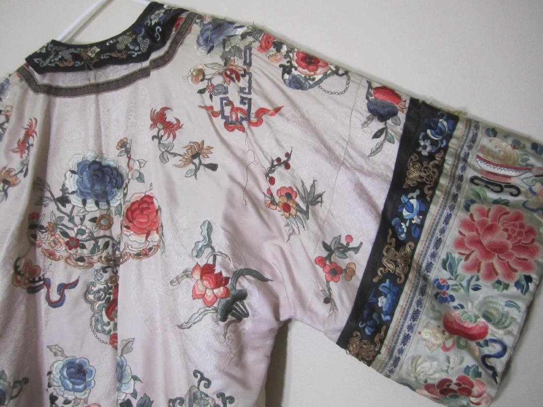 ANTIQUE CHINESE EMBROIDERY ROBE - 7