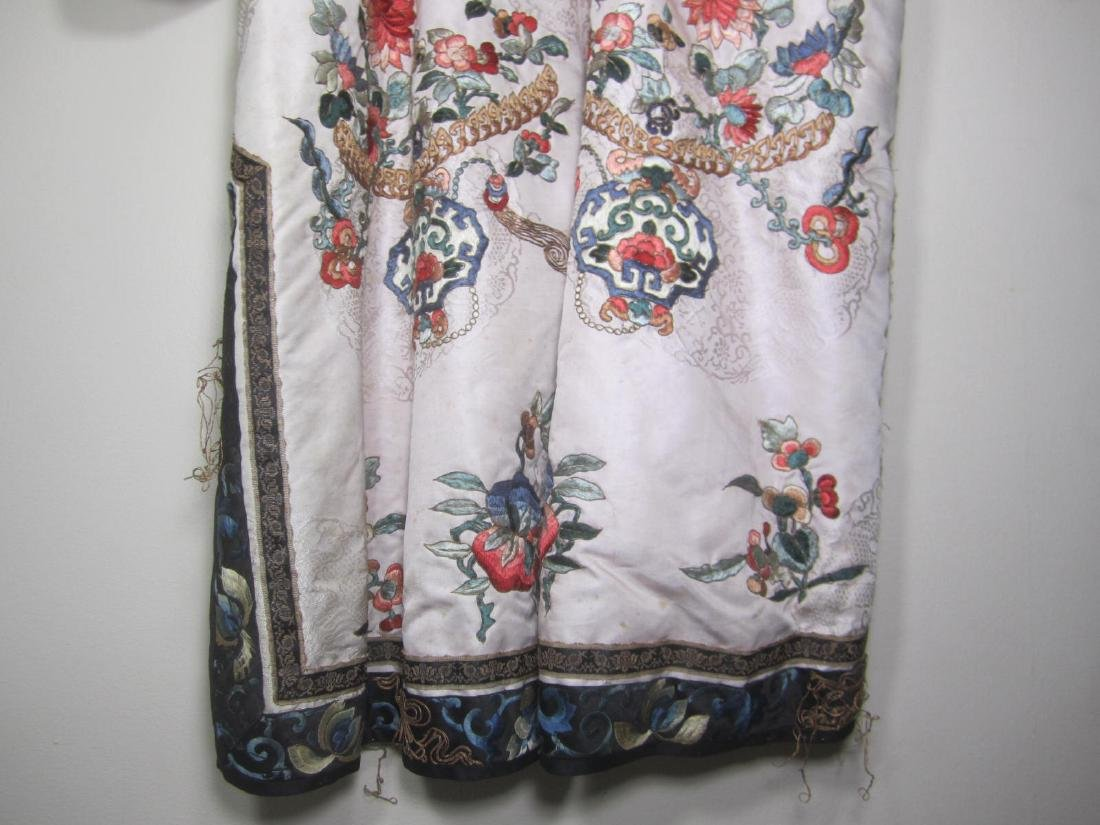 ANTIQUE CHINESE EMBROIDERY ROBE - 8