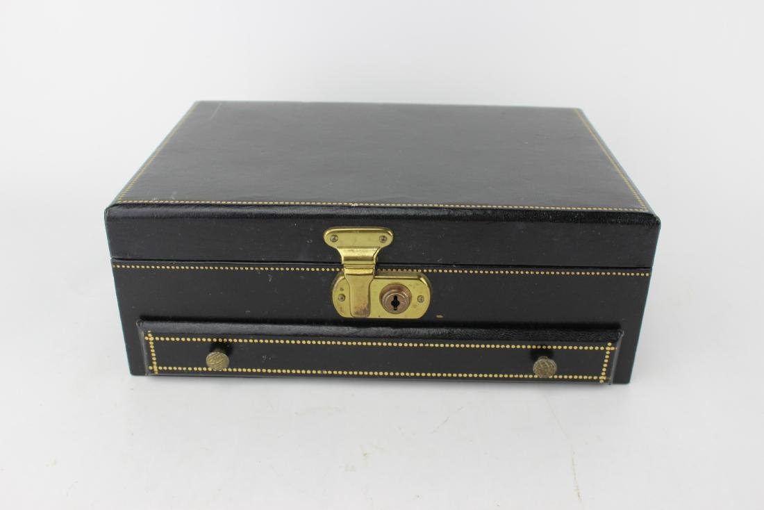 LEATHER UPPER JEWELRY BOX