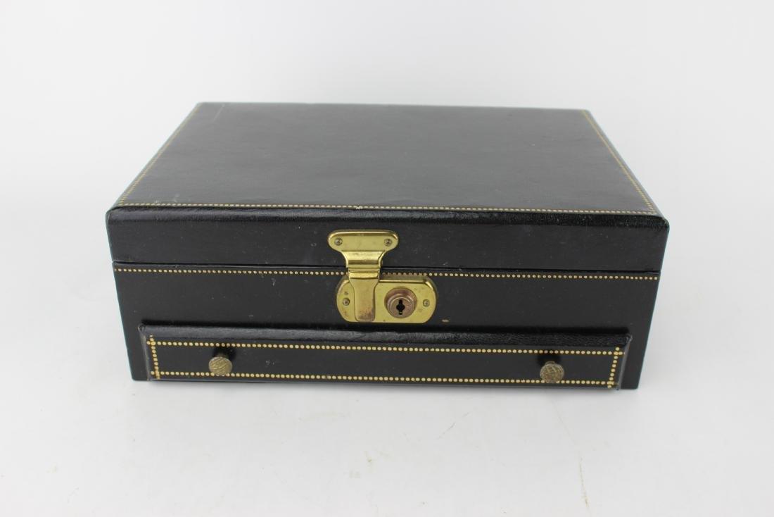 LEATHER UPPER JEWELRY BOX