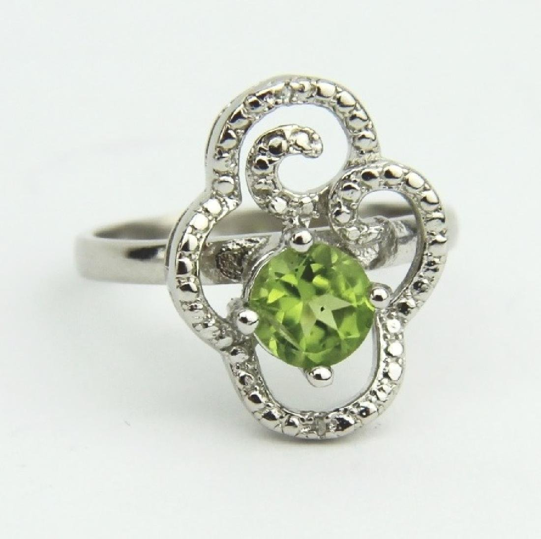 GREEN PERIDOT RING, SIZE 7