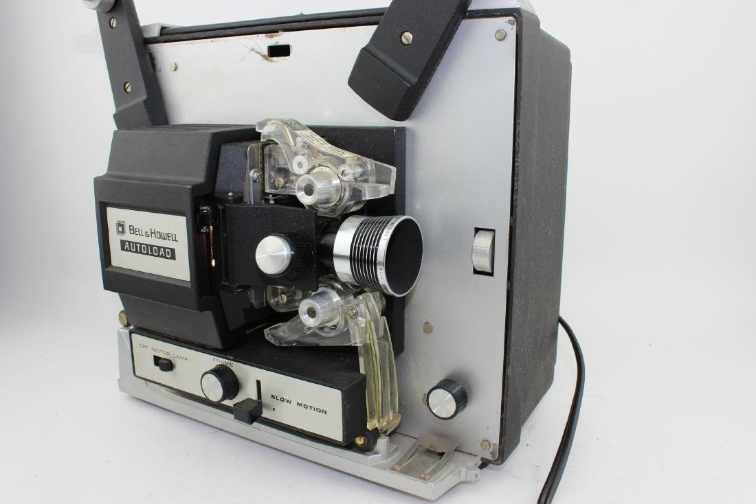 BELL & HOWELL AUTOLOAD 8 MM MOVIE PROJECTOR