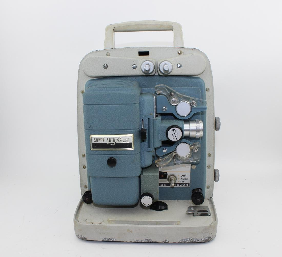 BELL & HOWELL SUPER-AUTOLOAD 8 MM MOVIE PROJECTOR