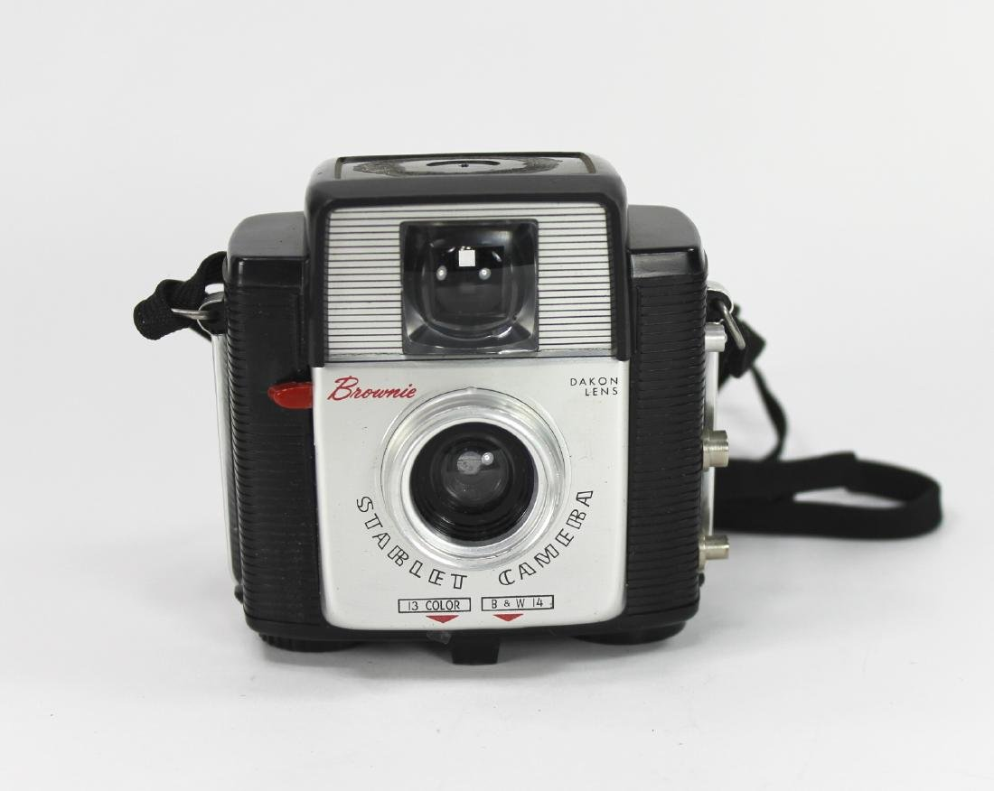 EASTMAN KODAK BROWNIE STARLET CAMERA