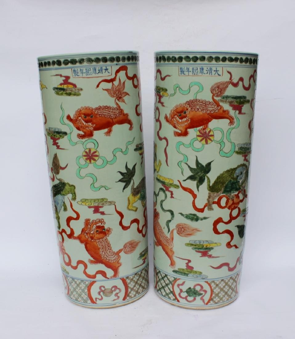 PAIR OF CHINESE FAMILLE VERTE UMBRELLA STANDS