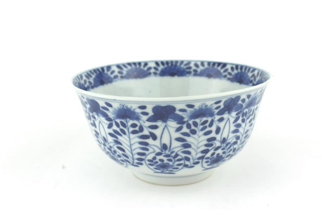 CHINESE BLUE & WHITE BOWL, KANGXI MARK.