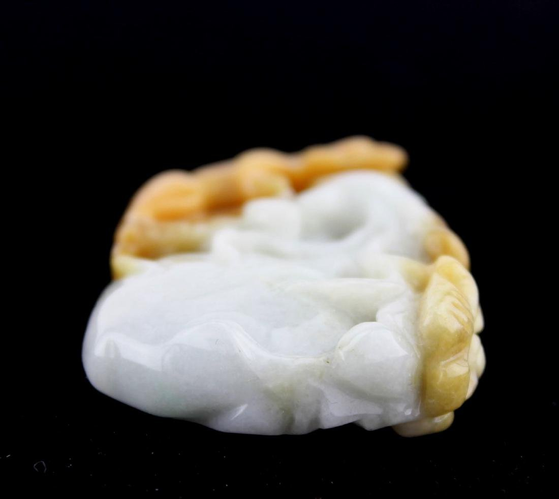 A CHINESE JADE CARVING PIECE - 3