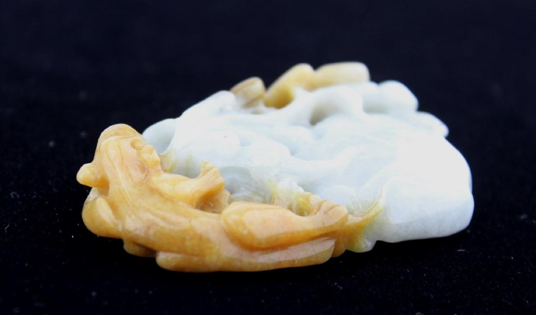 A CHINESE JADE CARVING PIECE - 4