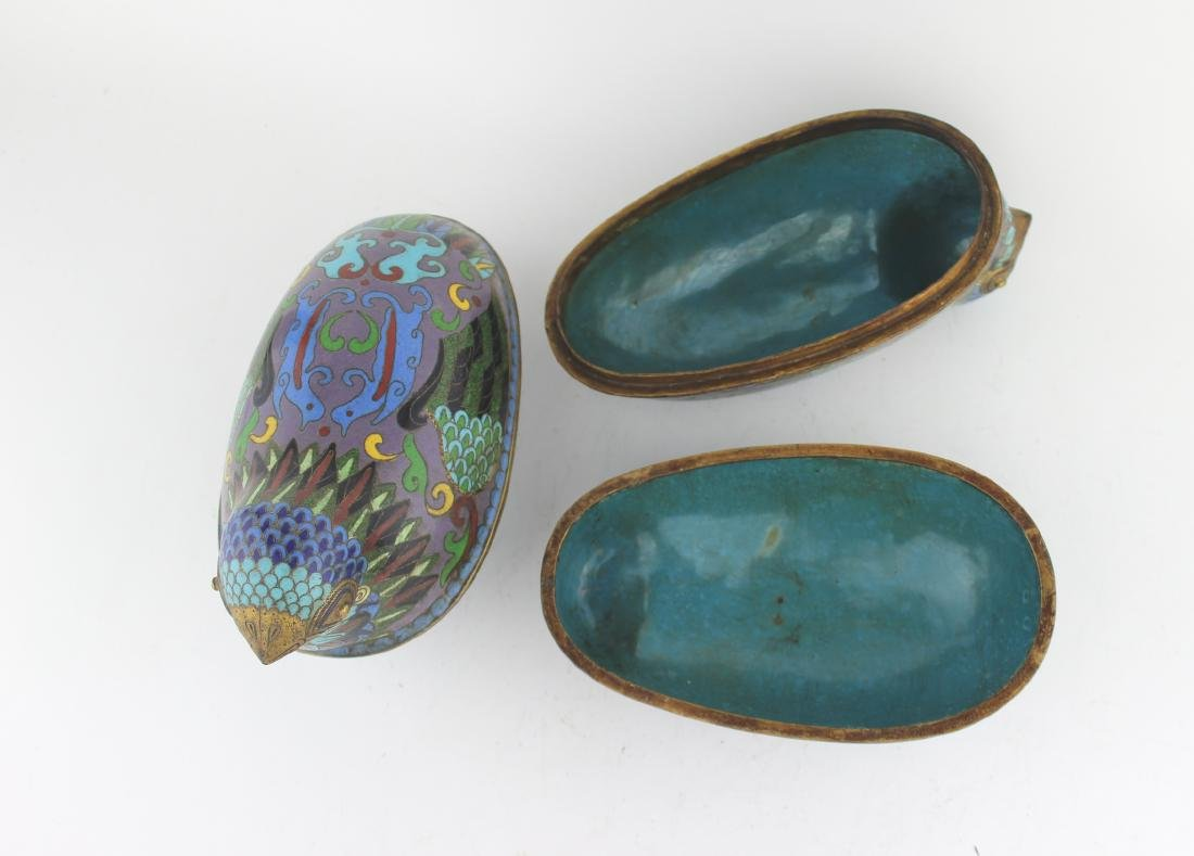 PAIR OF CHINESE CLOISONNE LIDDED BIRDS - 4