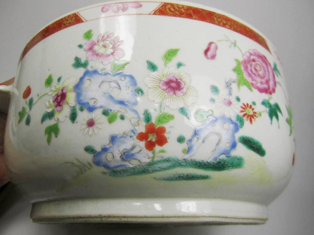 CHINESE FAMILLE ROSE SOUP TUREEN - 6
