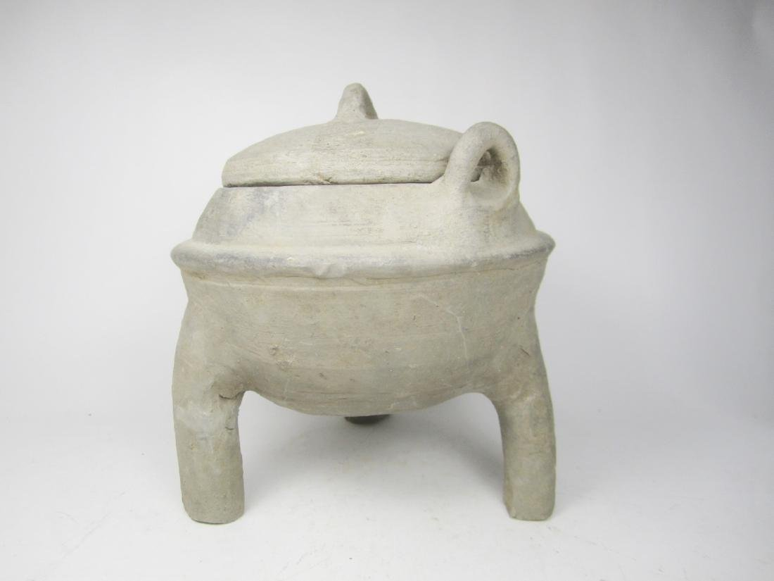 CHINESE ANTIQUE POTTERY TRIPOD  LIDDED JAR